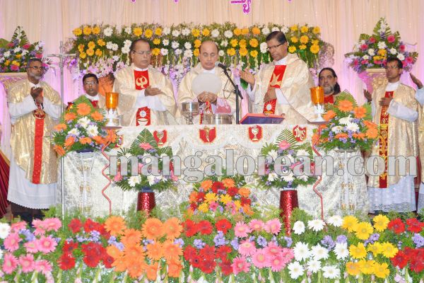 kalmadi_church_annualfeast 14-08-2015 23-30-41