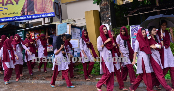 06-students-protest-005