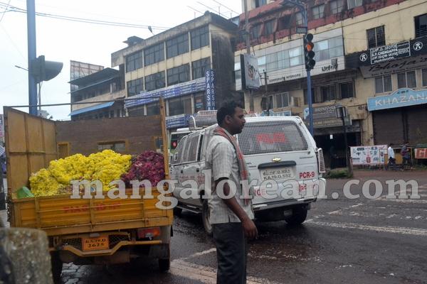 10-flower-vendors-20150908-009