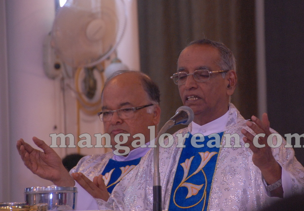 13-sebastian-church-monthi-feast-012