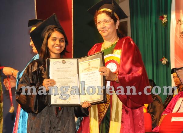 14-agnes-graduation-day-20150928-013