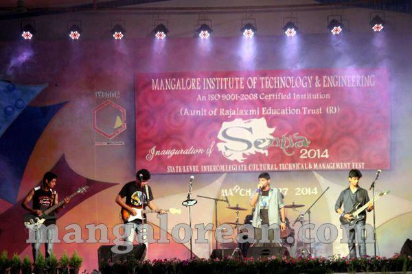 16-band-20150912-015