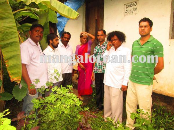 7-mentally_disorders_rescue_udupi 22-09-2015 00-04-53