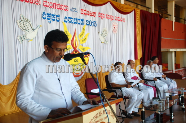 CESU_Teachers day_udupi 04-09-2014 10-30-03