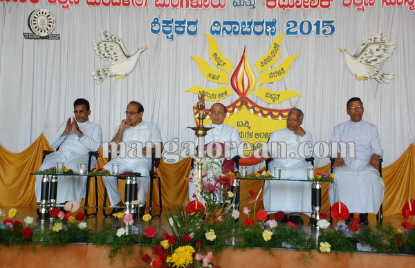 CESU_Teachers day_udupi 04-09-2014 10-42-10