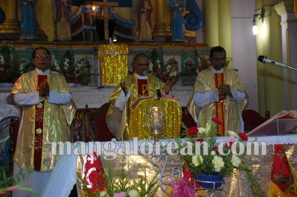 Fr.Fardinand_Dimond_ Jubilee_Kemmannu 29-09-2014 18-21-54