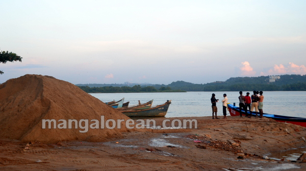 02-Sand-Extraction-20151006-001