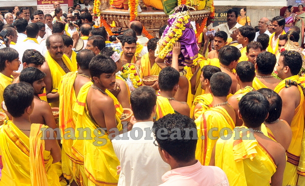 02-kudroli-dasara-celebration-20151016-001