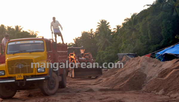 04-Sand-Extraction-20151006-003