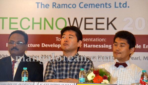 04-TCHNO-week-20151001-003