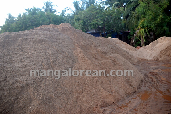 05-Sand-Extraction-20151006-004