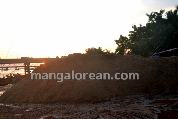 07-Sand-Extraction-20151006-006