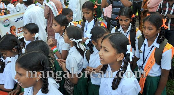 07-gandhi-jayanthi-20151002-006