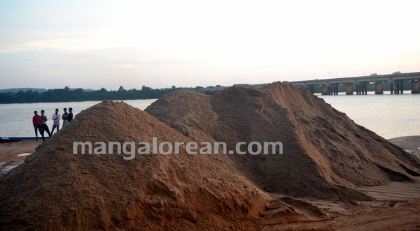 08-Sand-Extraction-20151006-007