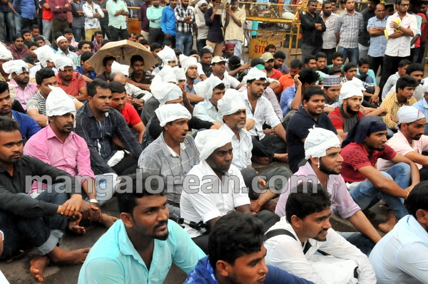 08-love-jihad-protest-20151008-007