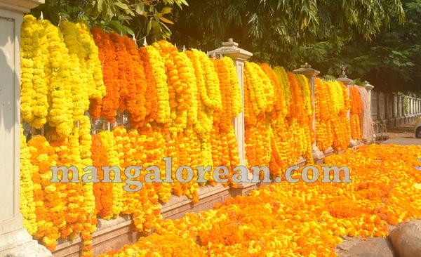 09-ayudha-puja-20151021-008