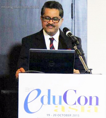 1-Thumbay Moideen Addresses 7th Annual Higher Education Summit Asia in Singapore (2)