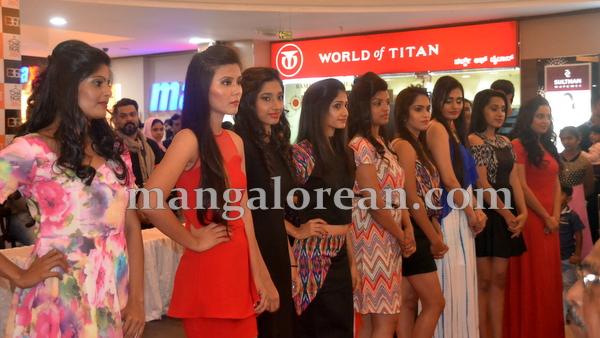 11-fashion-city-centre-mall-20151001-010