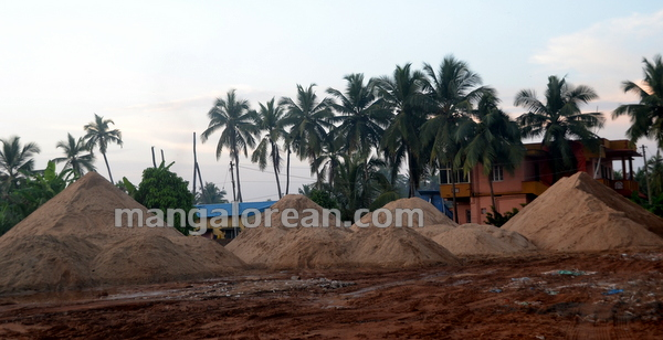 13-Sand-Extraction-20151006-012