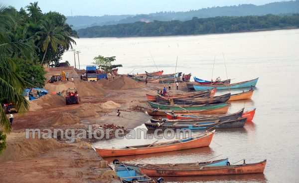 16-Sand-Extraction-20151006-015