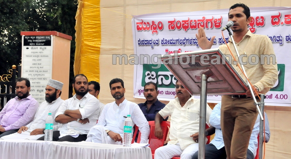 19-love-jihad-protest-20151008-018