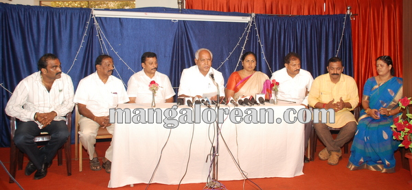 BSY_Press_meet_Udupi 14-10-2014 13-32-029