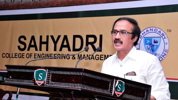 Dr.BL-Shankar-Visits-Sahyadri