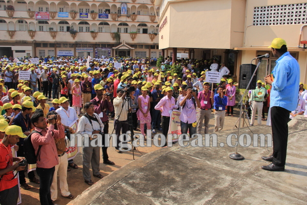 SP_YCS_YSM_Rally_Udupi 20-10-2015 09-49-56
