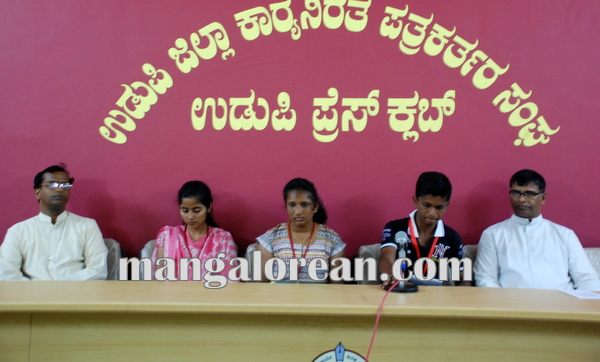 YCS_YSM_Udupi_Press meet 14-10-2014 10-48-37