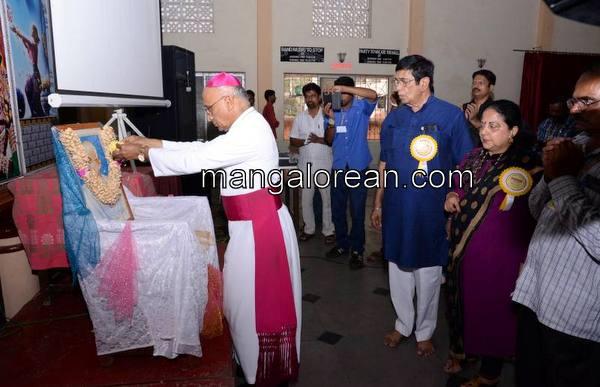 bernard-moras-arch-bishop-04102015 (15)
