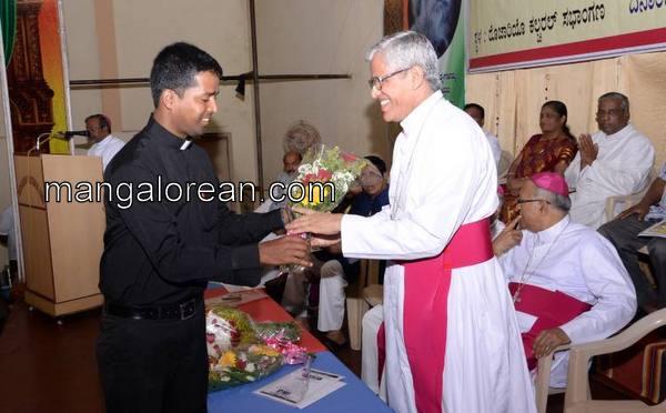 bernard-moras-arch-bishop-04102015 (7)