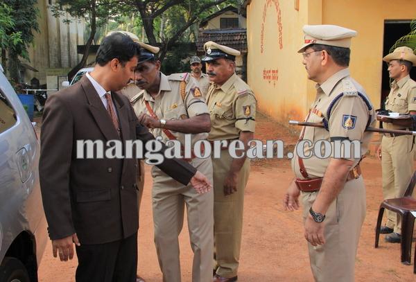 police _Martyrs' Day_udupi 21-10-2015 08-10-05