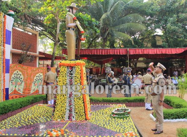 police _Martyrs' Day_udupi 21-10-2015 08-13-44