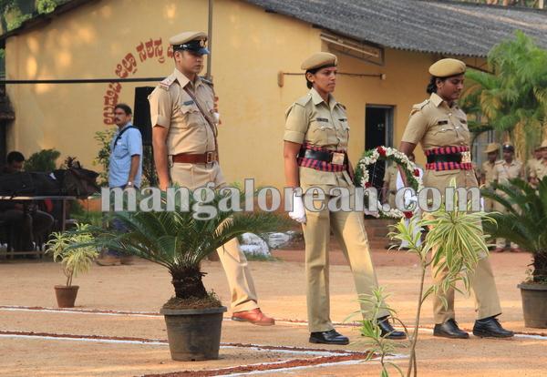 police _Martyrs' Day_udupi 21-10-2015 08-17-37