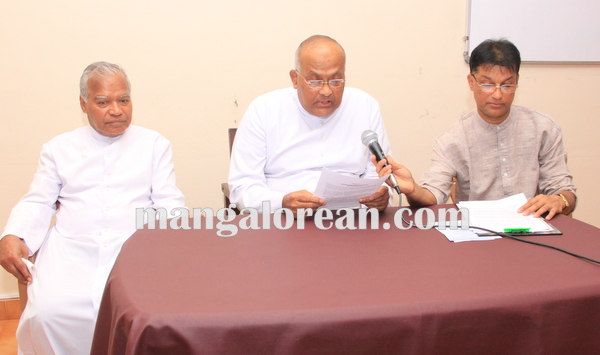 udupi_diocese_press meet 12-10-2015 16-27-34
