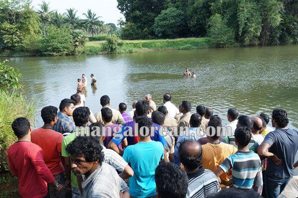 youth_drown_panjimar_pamboor 11-10-2015 17-57-50