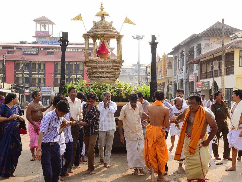 13032016-03-lakshavrkasha-pejawara