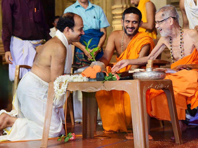 13032016-10-lakshavrkasha-pejawara
