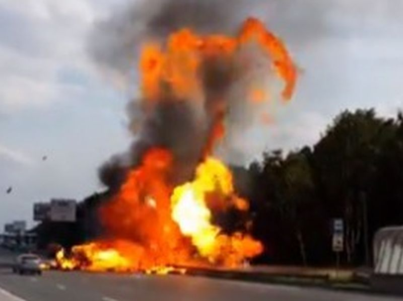 image001truck-explosion-20160320-001