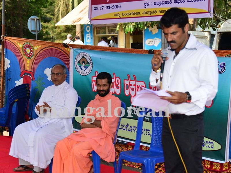 image001yettinahole-hunger-strike-20160317-001