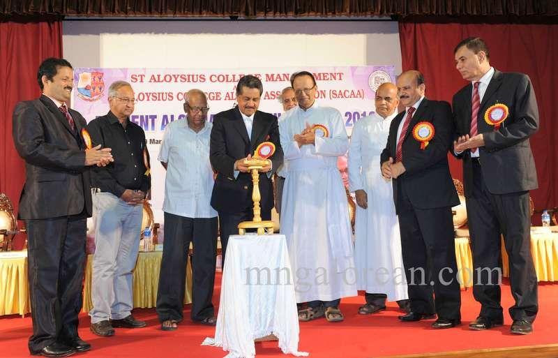 image002aloysian-alumni-award-20160320-002