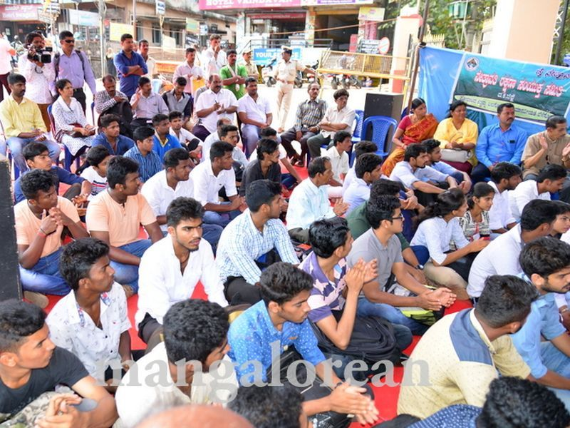 image003yettinahole-hunger-strike-20160317-003