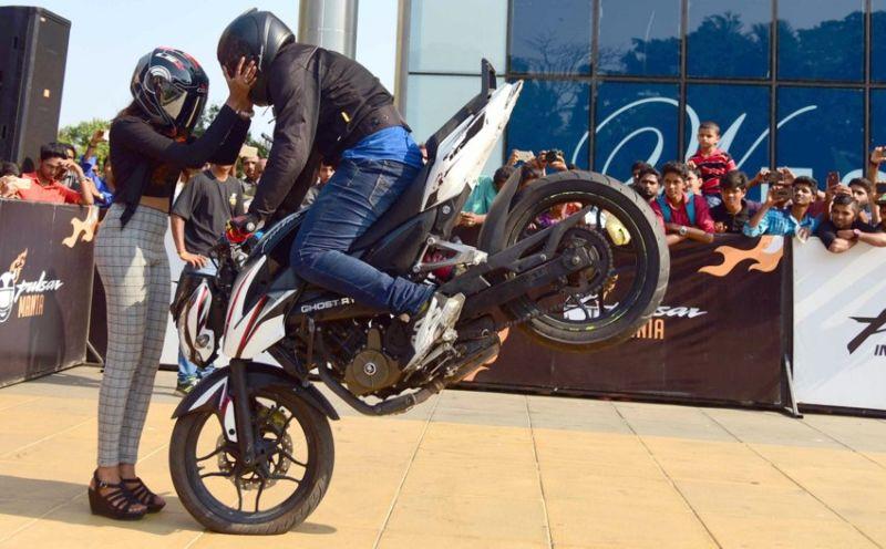 image004bike-stunts-27032016-004