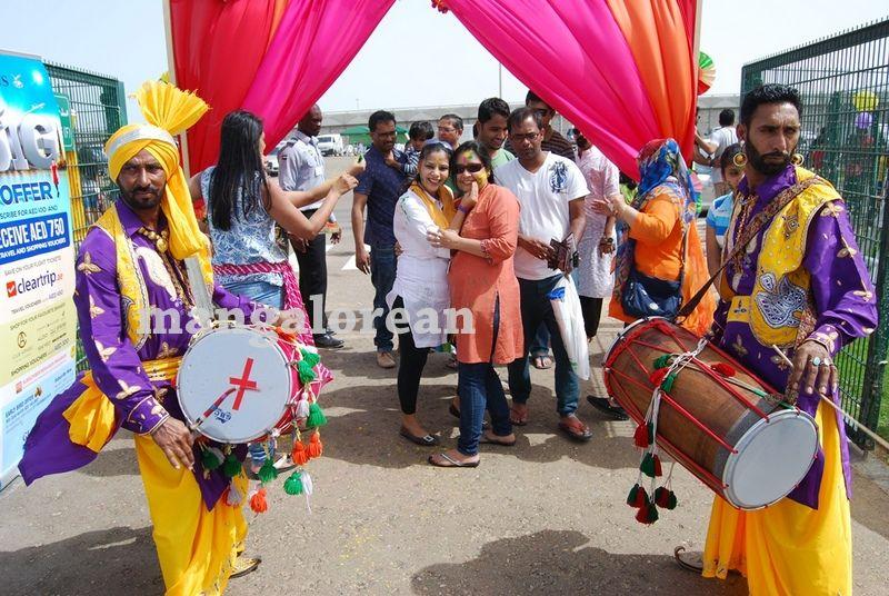 image004holi-classico-events-abu-dhabi-20160320-004