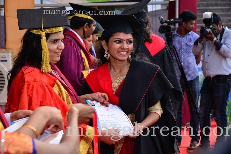 image009frmuller-graduation-20160313-009
