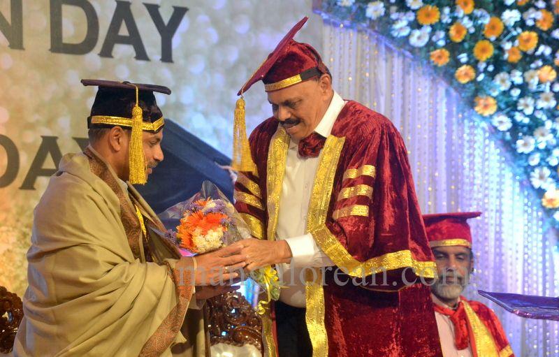 image010aj-hospital-graduation-20160319-010