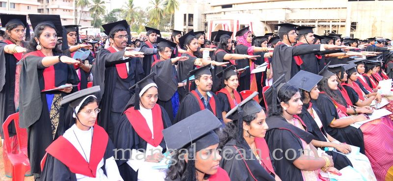 image012frmuller-graduation-20160313-012