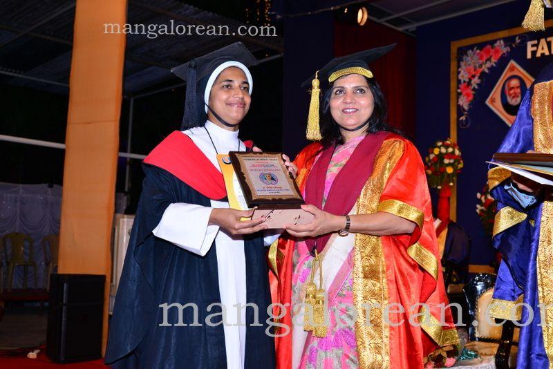image021frmuller-graduation-20160313-021