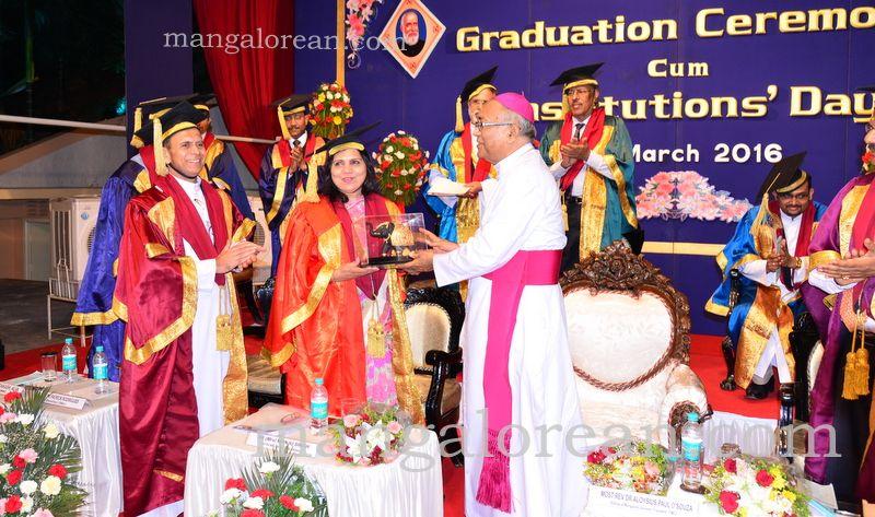 image024frmuller-graduation-20160313-024