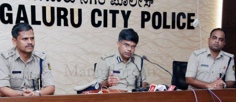 jayananda-murder-accused-arrest-20160320 (1)